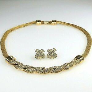 Swarovski Swan Necklace Pierced Earrings Set Swan